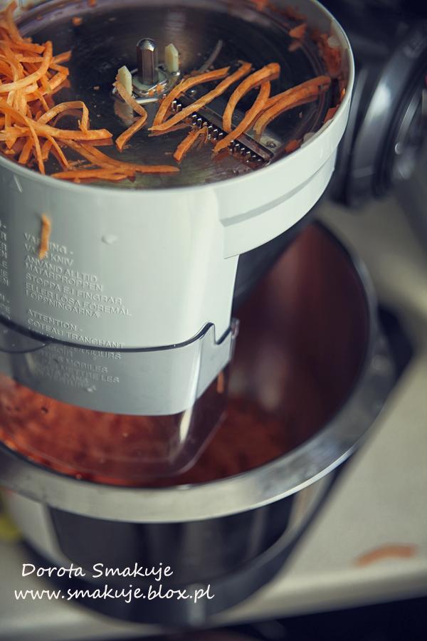 Chrupiąca surówka z marchewki na ciepło