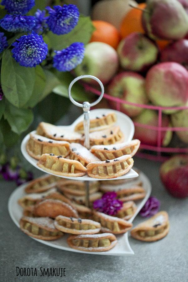 Ciasteczka z jabłkiem z zębami