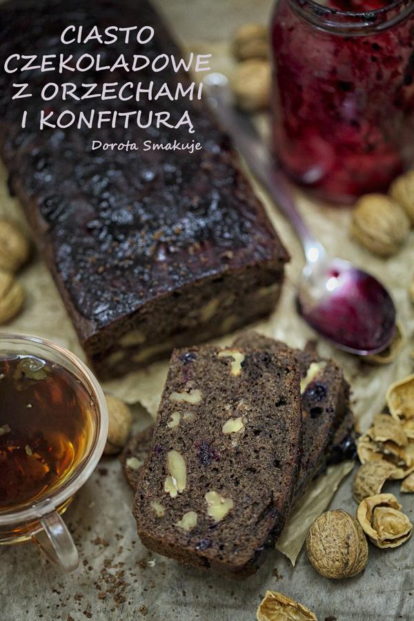 Ciasto czekoladowe z orzechami i konfiturą