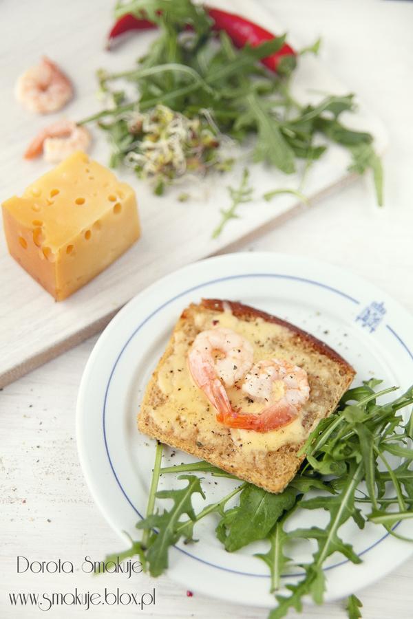 Grzanki z serem i krewetkami