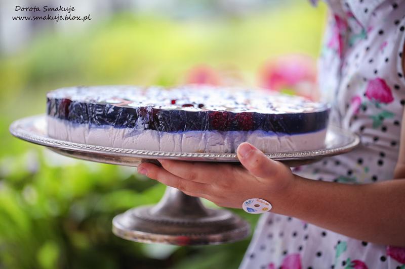 Jogurtowiec z jeżynami