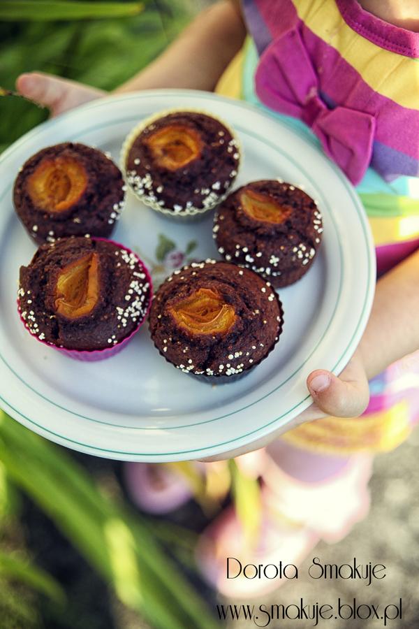 Muffiny z amarantusem i morelami