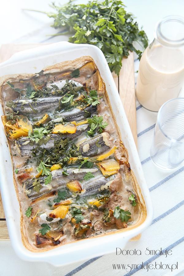 Ryba pieczona z dynią w sosie orzechowym