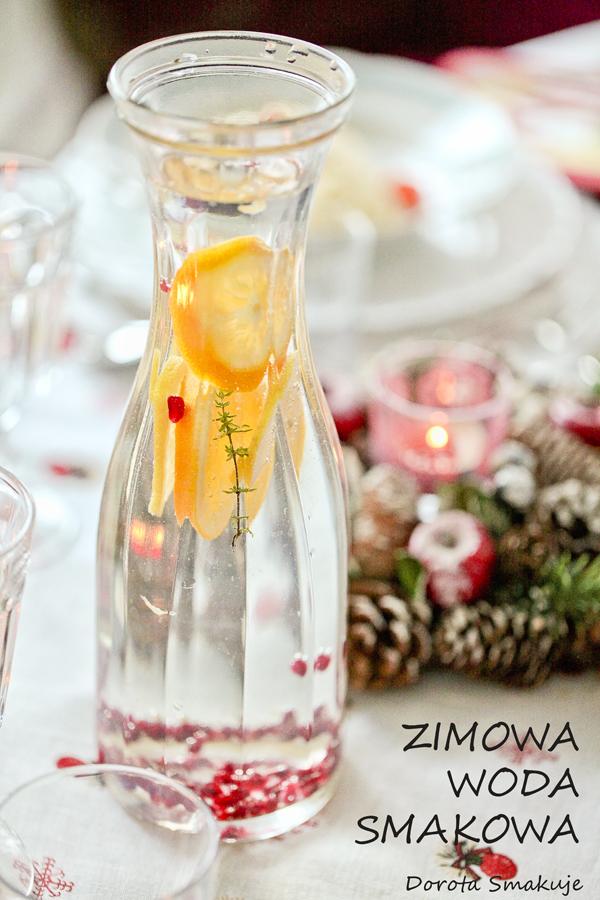 Zimowa woda smakowa z cytrusami, owocem granatu i tymiankiem