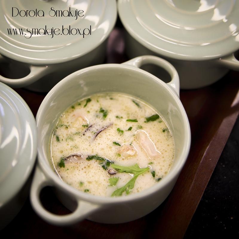 Tajska Zupa z kurczakiem i mlekiem kokosowym (Tom Kha Gai)