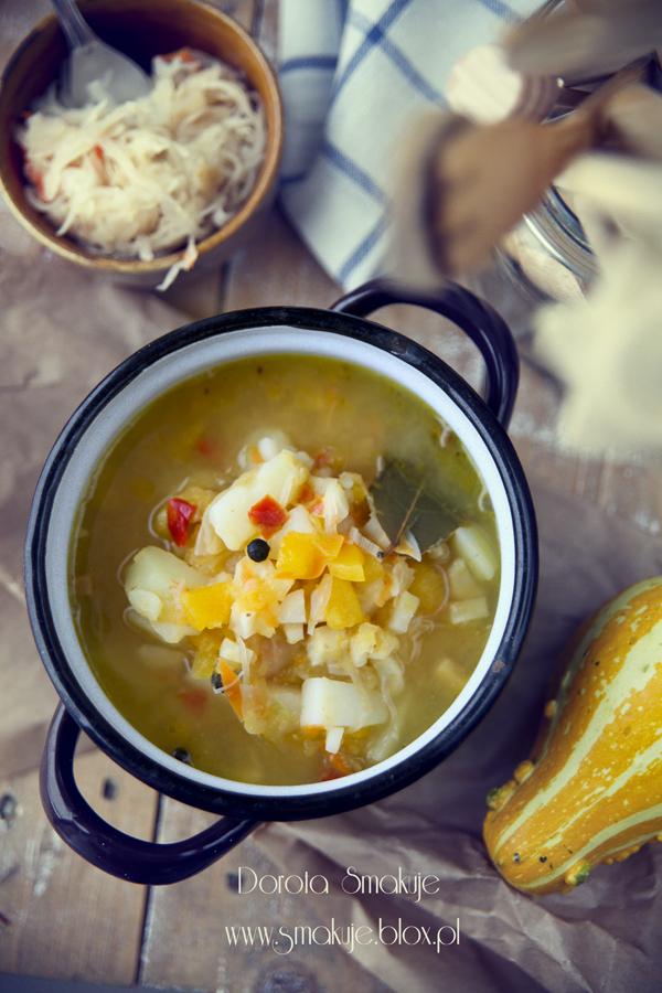 Zupa jarzynowa z dynią i kapustą kiszoną