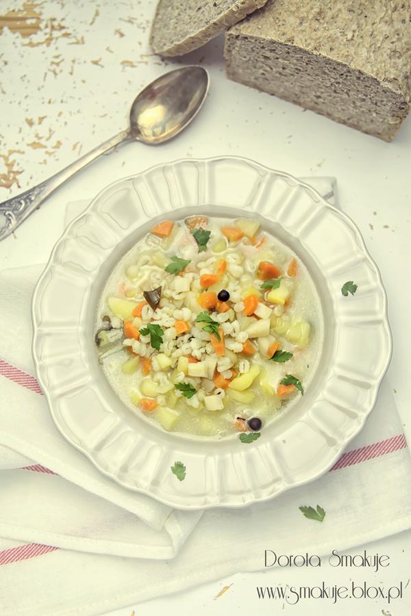 Zupa z pęczakiem