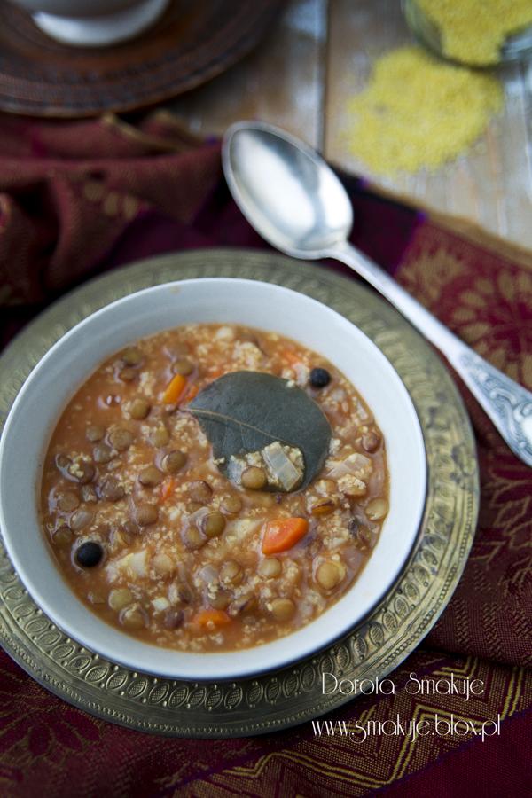 Zupa z soczewicy z kaszą jaglaną