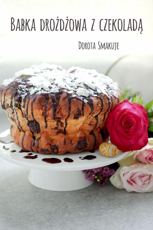 Babka drożdżowa z czekoladą