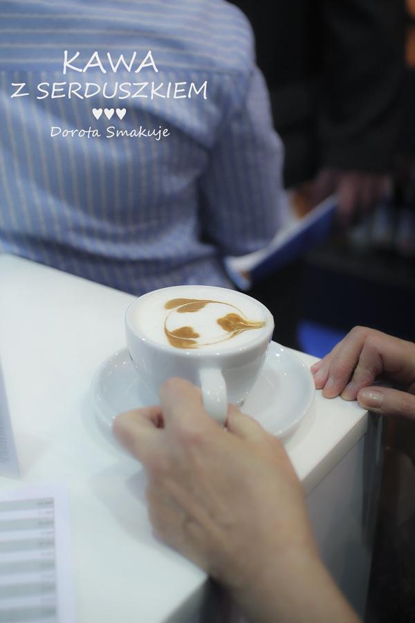 Kawa z serduszkiem – jak ozdobić – 2 sposoby