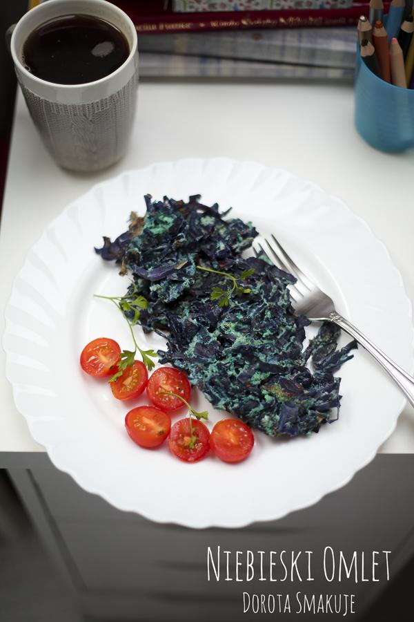 niebieski omlet