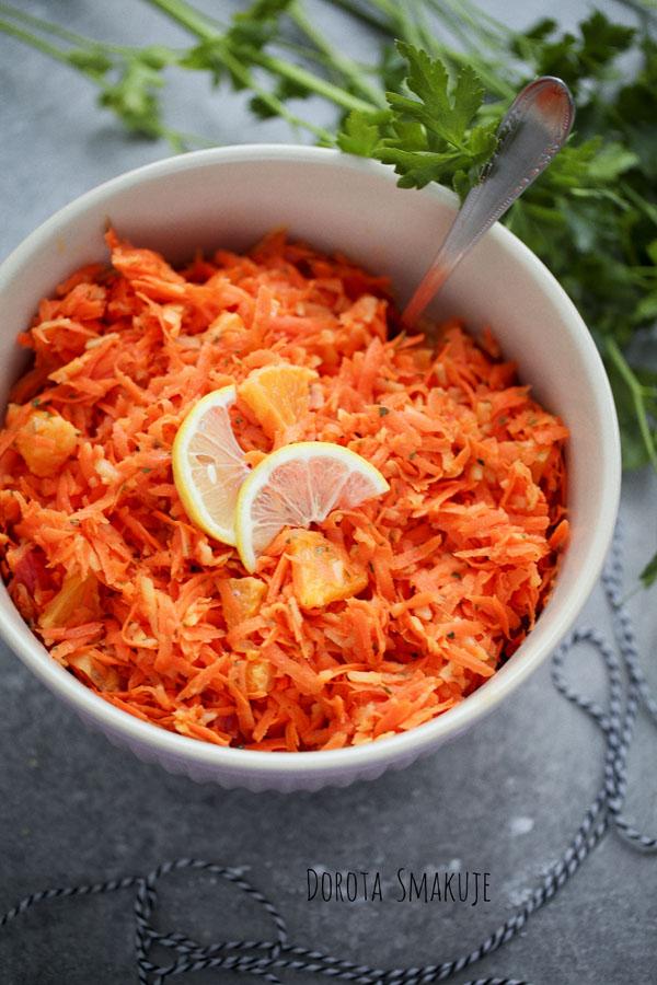 Surówka z marchewki z cytrusami