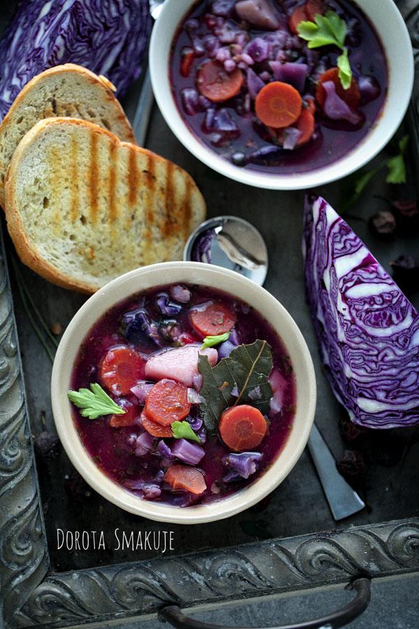 Zupa z kapusty czerwonej