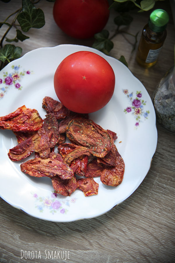 Chipsy z pomidora