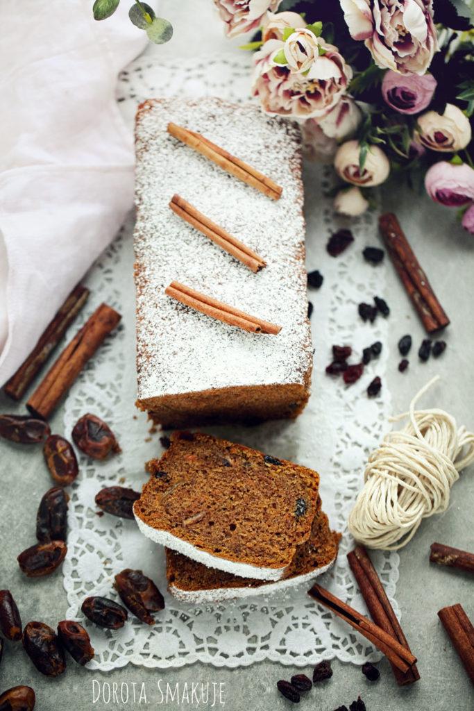 Ciasto cynamonowe z daktylami Pyszne