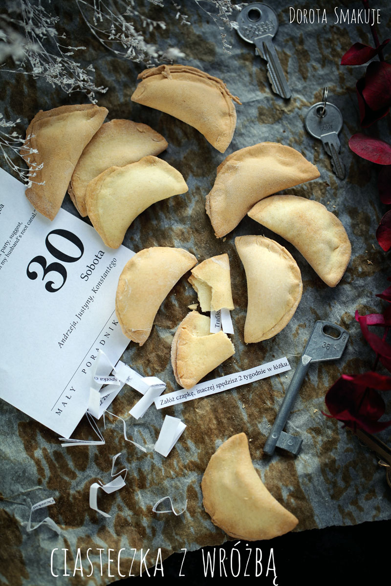 Ciasteczka z wróżbą na Andrzejki łatwy przepis