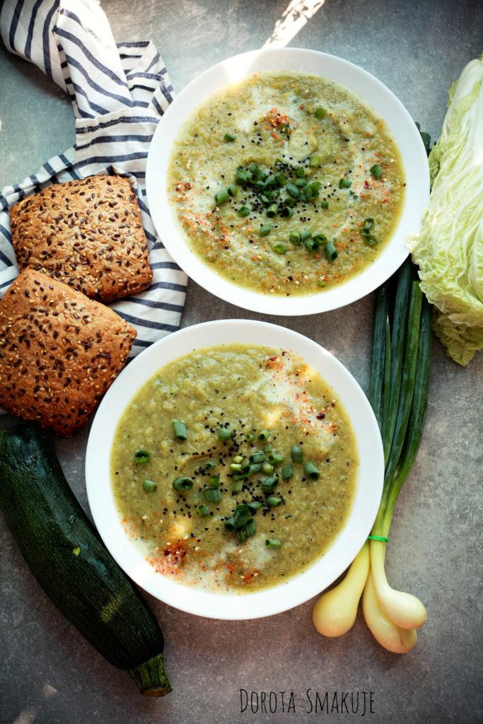 Zupa z cukinii i kapusty pekińskiej