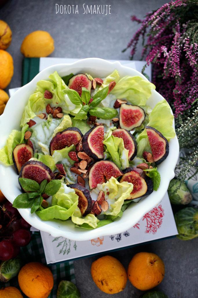 sałata z figą świeżą